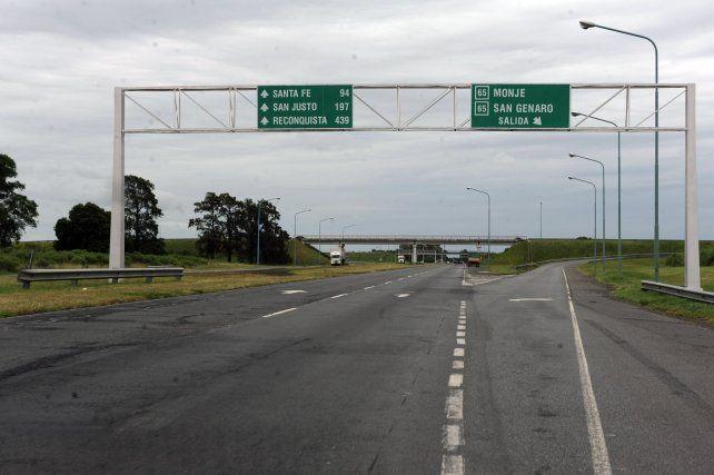 A partir del 1º de julio un fideicomiso a cargo del Banco Municipal de Rosario tomará el control de la autopista.