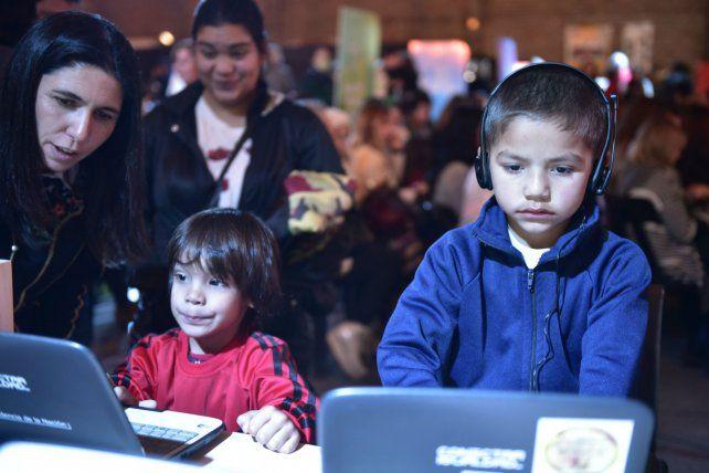 Acceso. La totalidad de las escuelas públicas de Villa Constitución tiene acceso a las tecnologías digitales.