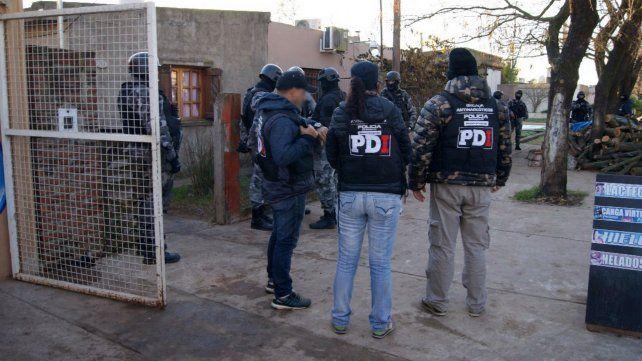 Trece detenidos de una red regional de narcomenudeo