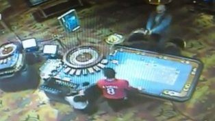 Perdió U$ 22.000 a la ruleta y se vengó matando al croupier