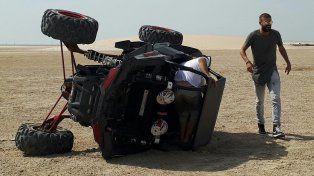 Accidente en las dunas. Piqué perdió el control de su vehículo y así quedó tras el impacto.