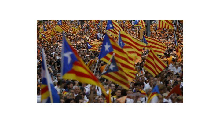 Sí o no. Los catalanes se muestran divididos sobre la independencia.