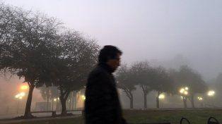 La jornada se presenta con neblinas y lloviznas, con probabilidad de tormentas.