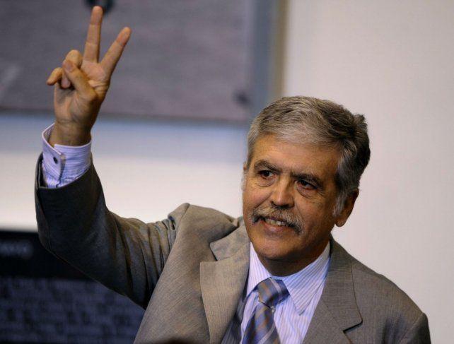 La decisión judicial se dio tras una semana en la que el ex ministro estuvo en la picota pública.
