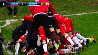 el argentinos juniors del gringo heinze gano y logro el ascenso a primera division