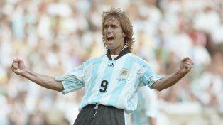 Batistuta cuestionó al Gonzalo Higuaín por los goles errados en partidos clave.