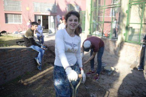 inclusión. Gisela aprende albañilería para poder arreglar su casa. Quiero hacerlo yo misma
