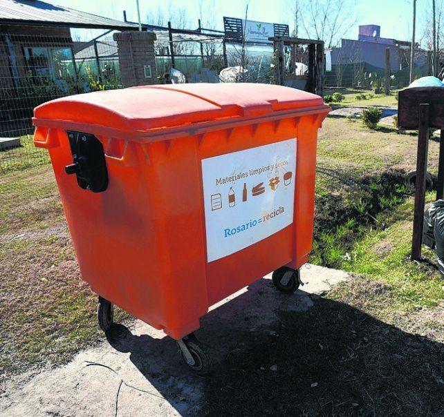 reciclable. Se triplicó la colocación de contenedores color naranja.