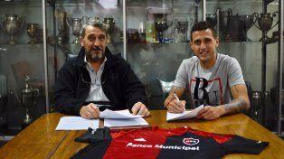 El defensor Bruno Bianchi pasó la revisación médica y hoy firmó contrato con Newells