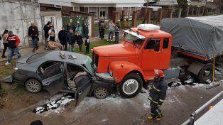 Impactante imagen del accidente ocurrido este mediodía en Villa G. Gálvez.