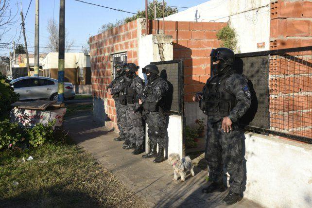 El 4 de julio la policía desbarató una banda de ladrones y entre los presos cayó Veneno Fernández.