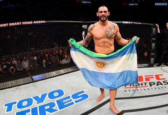 El tremendo nocaut del argentino Ponzinibbio en una pelea estelar de MMA