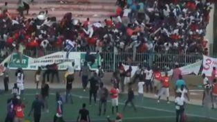 Al menos ocho muertos y casi 90 heridos por disturbios en partido de fútbol en Senegal