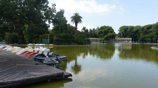 Irrumpieron en el sector de lanchas del Laguito y vandalizaron tres embarcaciones