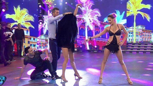 Flor Marcasoli y un descuido con una de sus lolas tras bailar la salsa en el Bailando