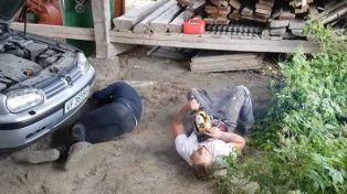 Por una broma pesada con una motosierra provocó el final de su compañero de trabajo