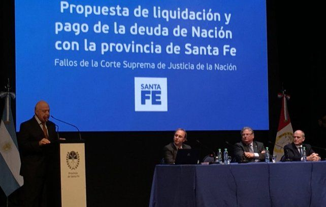 Lifschitz presentó una propuesta para cobrar la deuda de la Nación por coparticipación