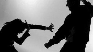 Un hombre de 32 años fue detenido acusado de golpear a su mujer y a su hija