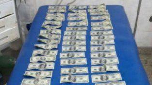 La policía secuestró 5.000 dólares que habían sido robados por los ladrones.