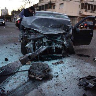 cuatro heridos por un violento choque entre un colectivo y un auto en ocampo y entre rios