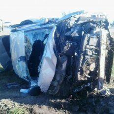 Cuatro miembros de una familia resultaron heridos en un vuelco en la autopista a Córdoba