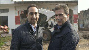 El intendente Tagliaferro y el ministro Ritondo presenciaron un operativo de demolición de un búnker.