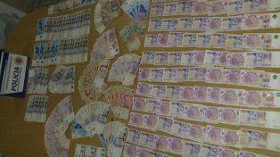Un nene de 12 años robó 25 mil pesos de un comercio y regaló parte del botín
