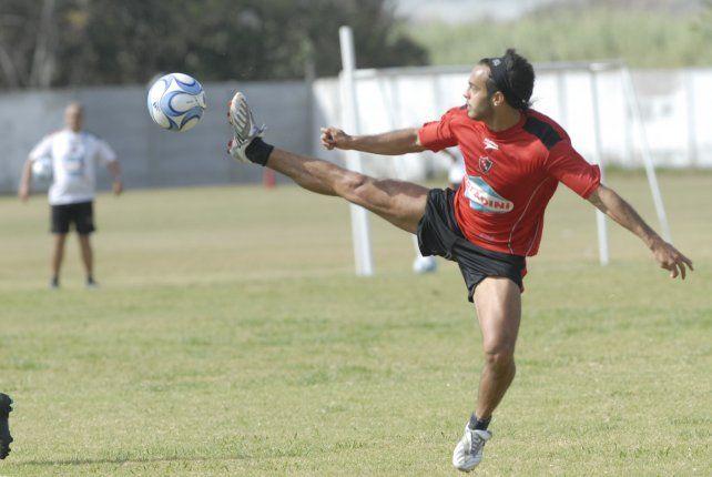 La expromesa de Newells Damián Steinert, a un paso de volver al fútbol profesional