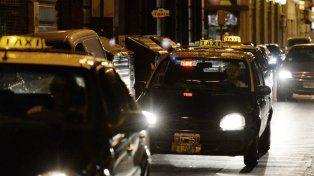 La intendenta dijo que se le realizó una propuesta sustentable a los taxistas para la renovación de chapas.