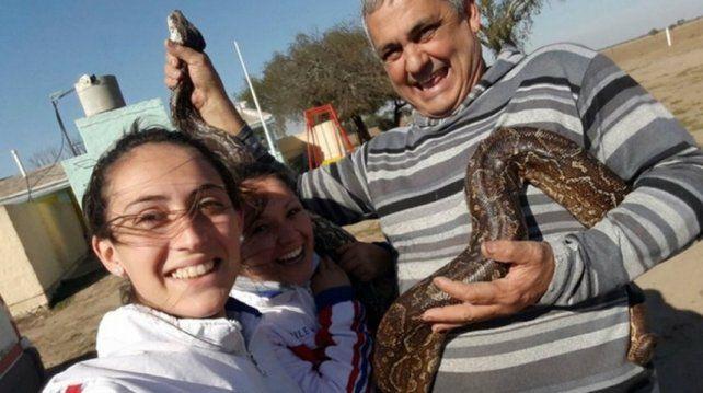 Encontraron cinco víboras gigantes de más de 50 kilos en una escuela de Córdoba