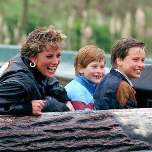 william y harry hablan de lady di por primera vez en un documental a 20 anos de su muerte