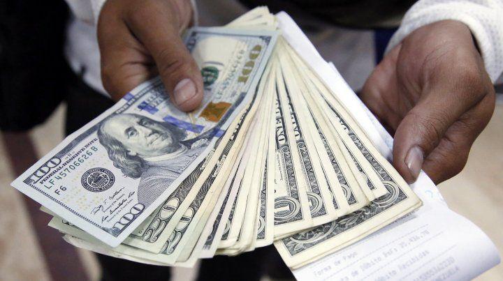 Crecen los depósitos pero pierden participación los plazos fijos en pesos
