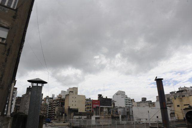 El SMN anuncia probabilidad de lluvias en Rosario.