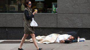 Un municipio sanciona con altísimas multas a personas que viven en la calle