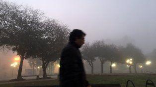 La niebla bajó espesa esta madrugada y la visibilidad estaba muy reducida.