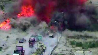 Tanque egipcio aplastó un coche bomba para retrasar su explosión