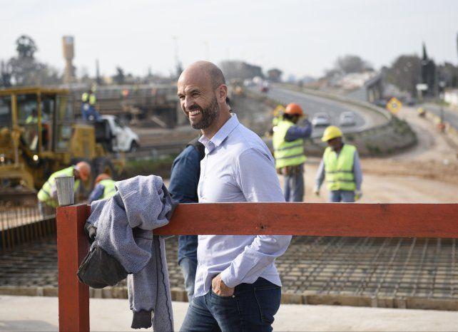 El ministro Dietrich recorrió las obras en la avenida Circunvalación.