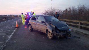 Las víctimas viajaban en el Renault Clío. El tránsito era normal.