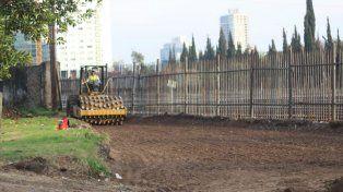 Los trabajos de remoción de vías comenzaron esta mañana en Rosario Norte.