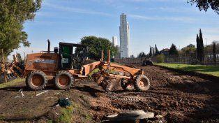 Comenzaron los trabajos de remoción de vías para prolongar la avenida Luis Carballo