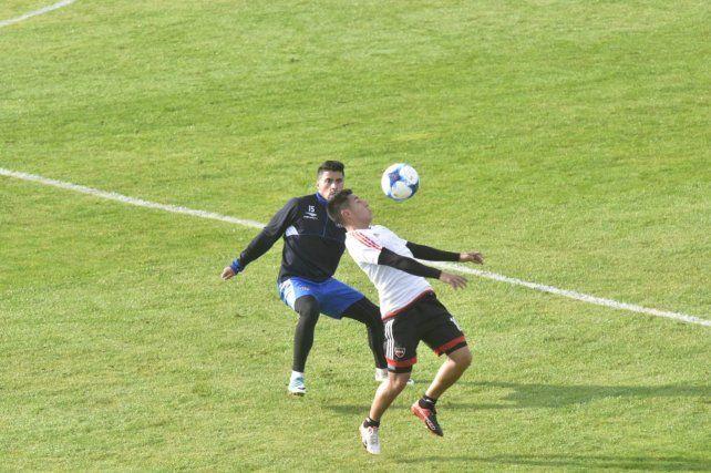Newells se durmió en el final y terminó perdiendo el amistoso con Talleres por 2 a 0