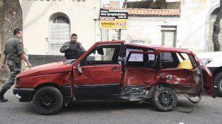La elocuente imagen del impacto sobre el Fiat Duna.