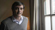 Esteban Bullrich, de vacaciones en Europa no asistió a una sesión clave en el Senado de la Nación.
