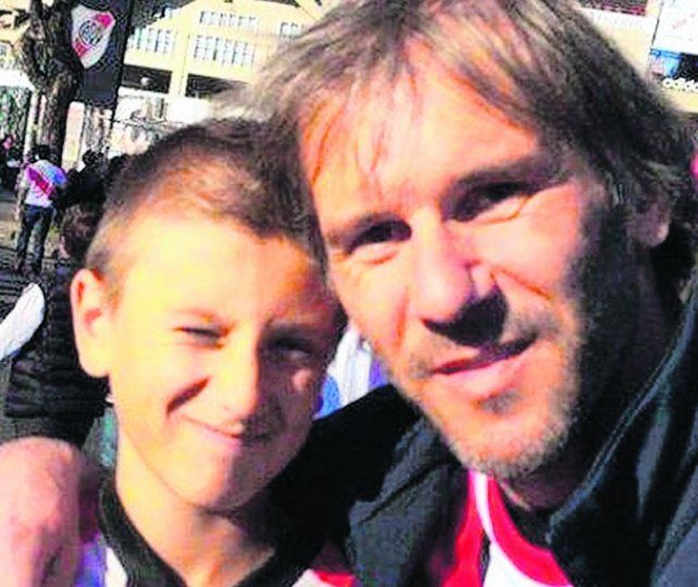 pavoroso. Marcos Milinkovic y su hijo Luka, en una foto reciente.