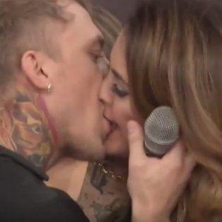 el polaco y silvina luna se fundieron en un apasionado beso y dan una nueva chance al amor