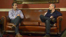 Mano a mano. Pablo Javkin visitó La Capital y tuvo una distendida charla con Guillermo Zysman.