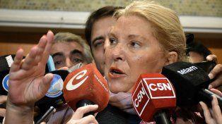 Carrió dijo que el kirchnerismo deslegitima a Gendarmería para desvalorizar pericia de Nisman