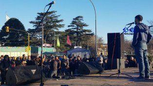 El evento organizado como una despedida y en honor a la lucha de los trabajadores mutó en festejo.