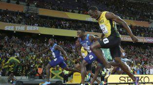 El momento del final. Bolt quedó tercero y el ganador de los 100 metros fue Gatlin.