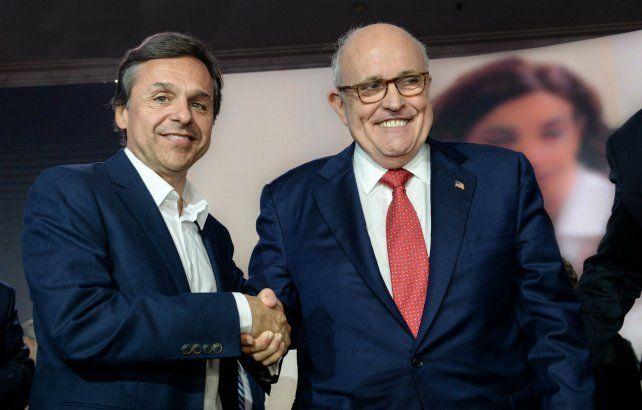 Tolerancia cero. Giuliano participó de un encuentro con Giuliani.